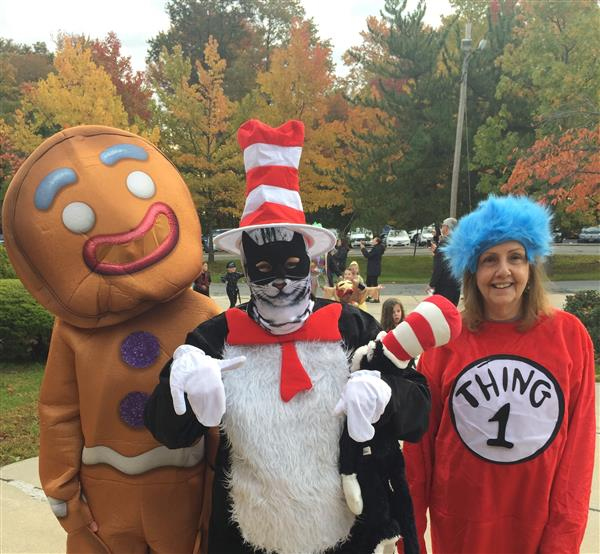 Link IB Halloween Parade led by Mrs. Cuccia... OOPS!! The Cat in the Hat!